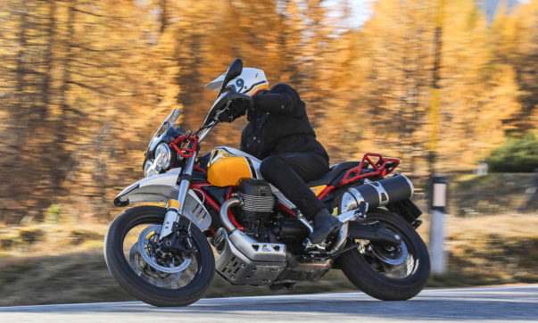 Moto Guzzi V85 TT in Gelb Sahara kostet 12.300 Euro
