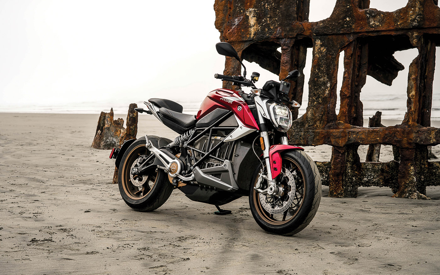 Elektromotorrad: Zero SR/F als Naked Bike mit E-Power