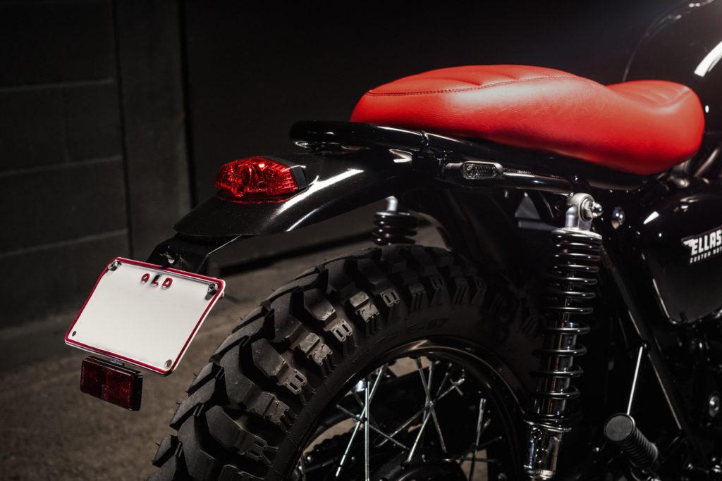 Der Kawasaki W800 Tracker von Ellaspede bekam einen LSL-Fender hinten