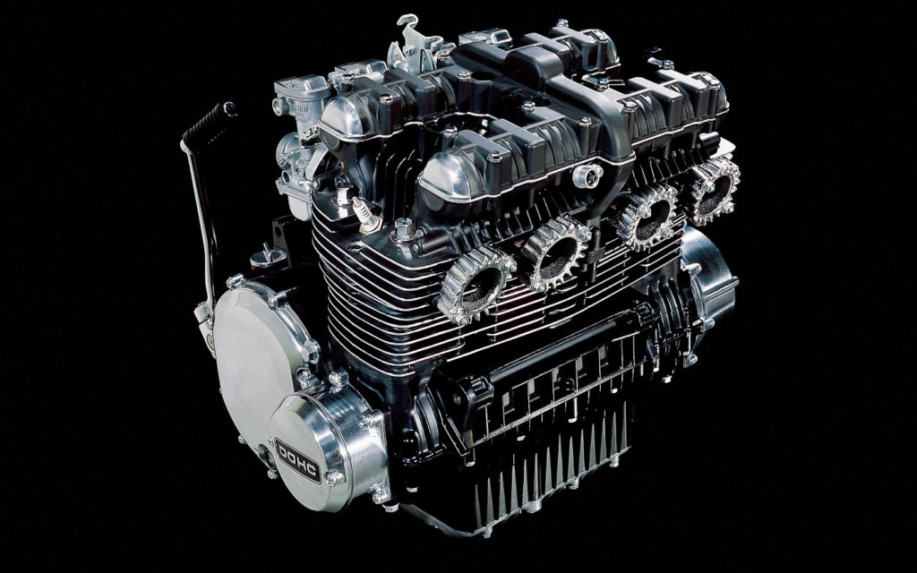 Kawasaki Z1 Zylinderkopf wird neu aufgelegt