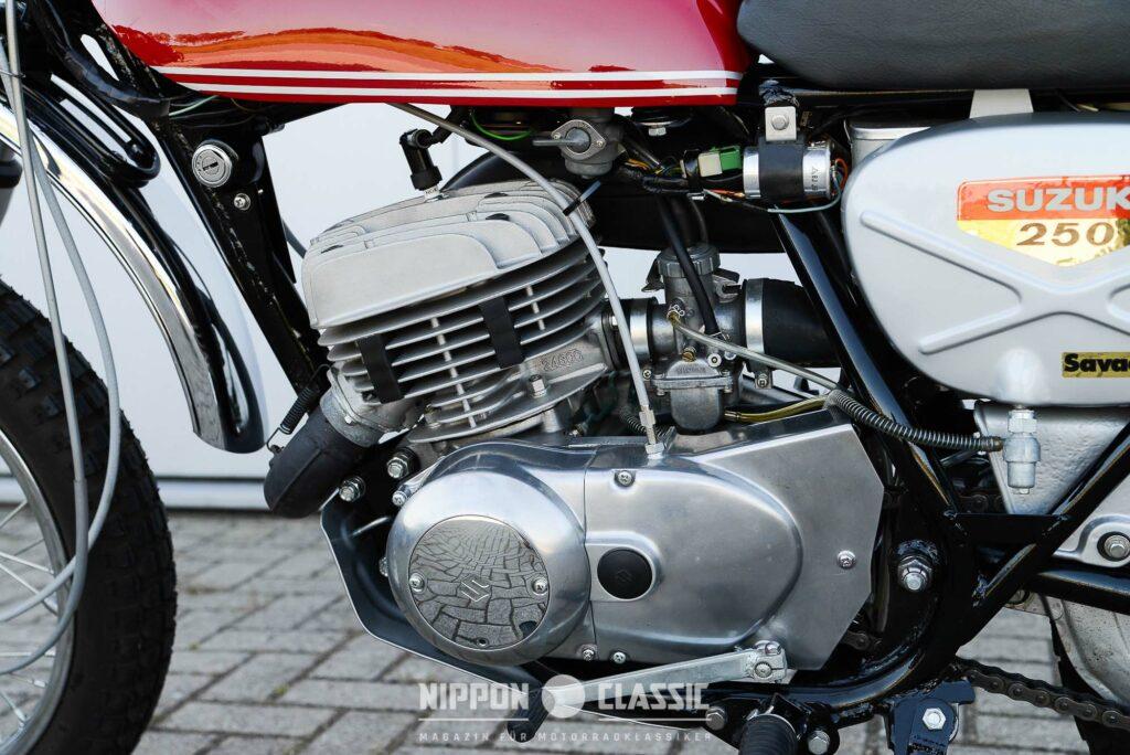 Der Leichtmetall-Motor der TS 250 leistete rund 23 PS