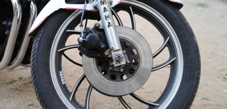 Die Bremsen der Yamaha XJ 650 verzögerten sehr zuverlässig
