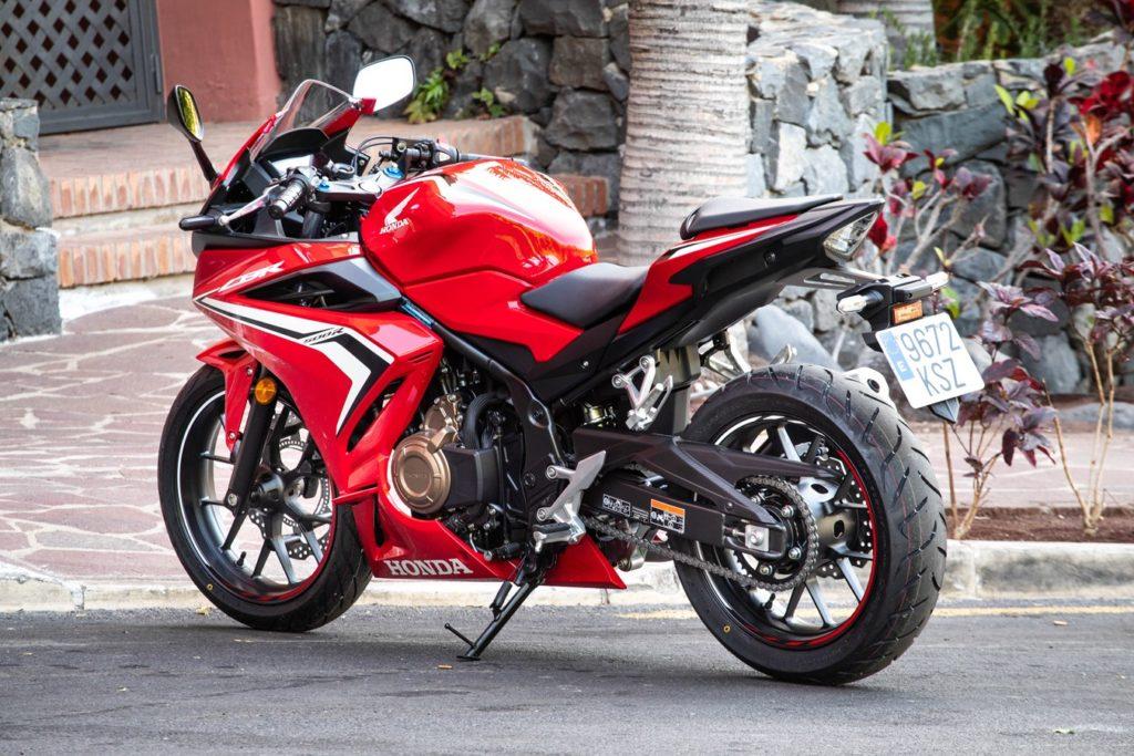 Die 2019er Honda CBR500R wirkt auch mit 48 PS sehr aufgeweckt