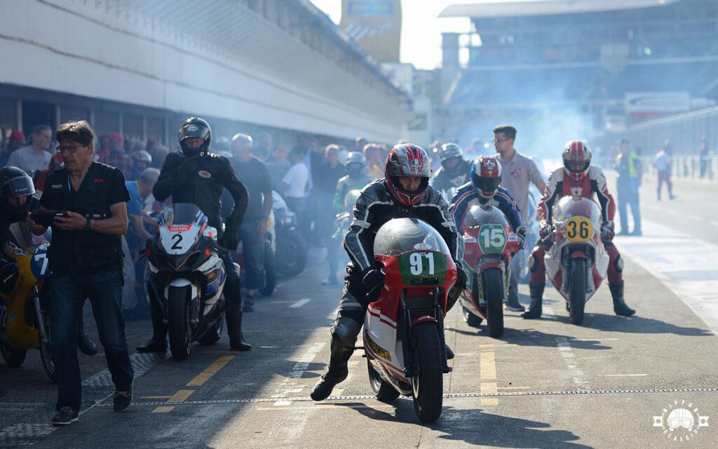 Rizinusöl riecht man sofort bei Zweitakt-Motorrädern