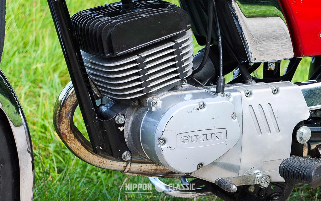Der Motor der GP 125 ist als mittragendes Element ausgelegt und leistet knapp 10 PS