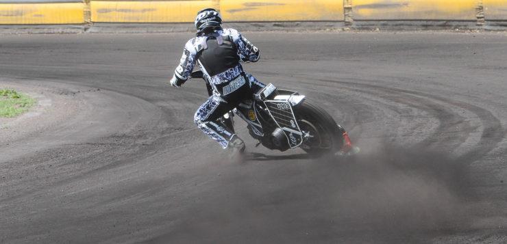 Am 8.9. findet in Wolfslake ein EU offenes Speedwayrennen statt