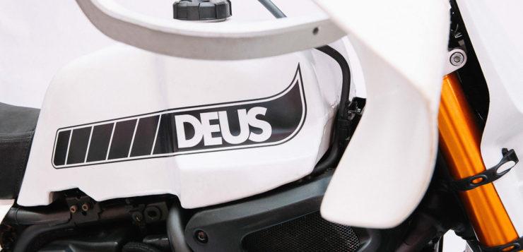 Den Tank der XSR700 fertigte Deus Ex Machina in Handarbeit