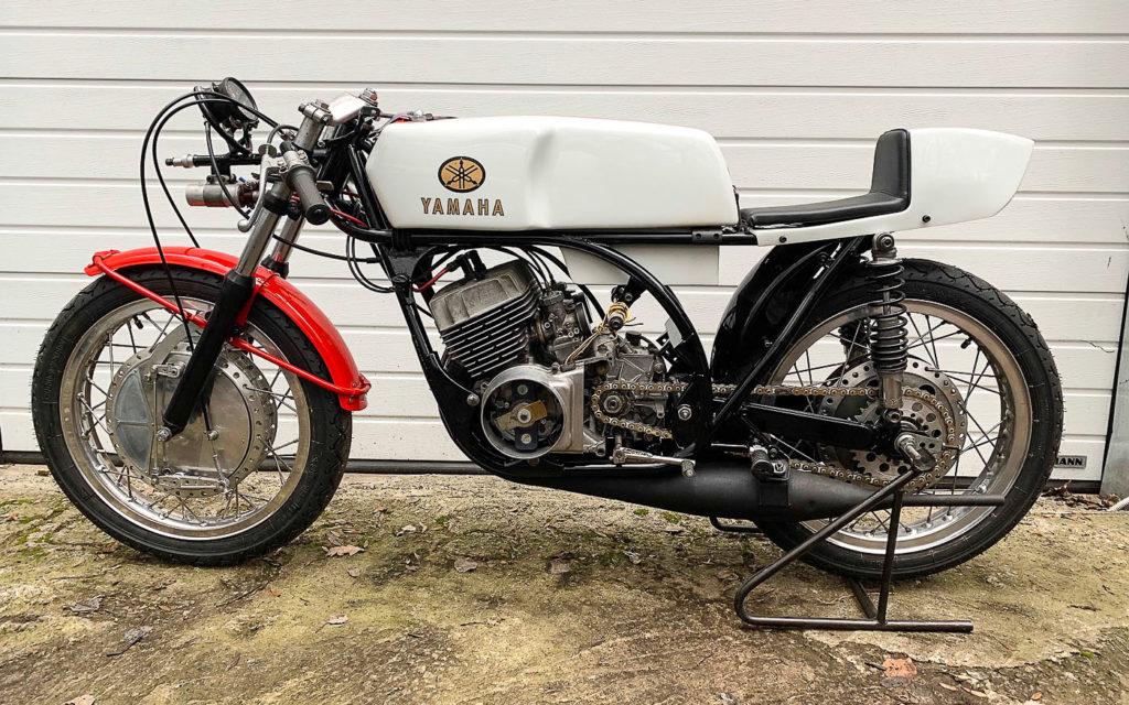Yamaha TR2 ohne Verkleidung