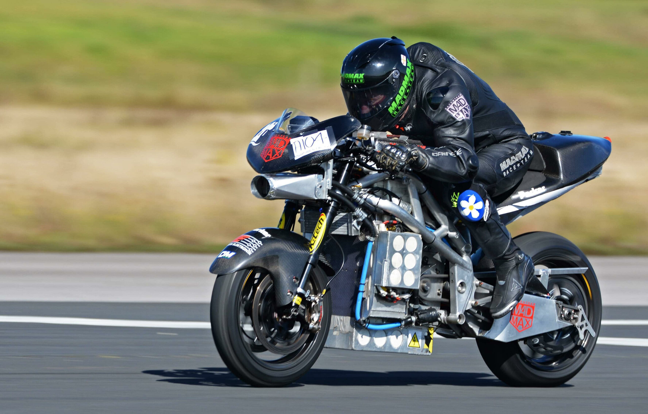 Bis 317 km/h ist Zef Eisenberg auf einem E-Motorrad gefahren