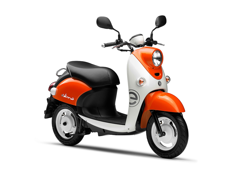 Yamahas Elektro-Scooter im Retro-Pot-Design