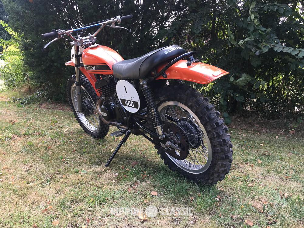 Was bekam die Suzuki TM 400 R vom Weltmeistermotorrad ab?