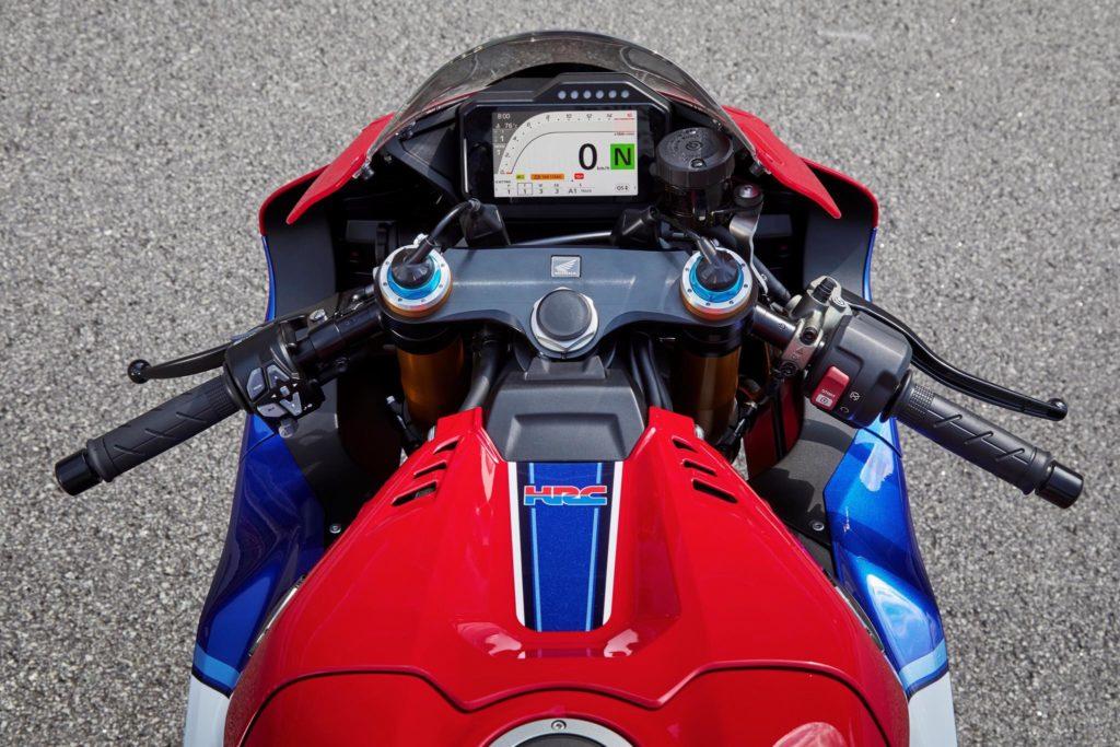 Das CBR1000RR-R Cockpit