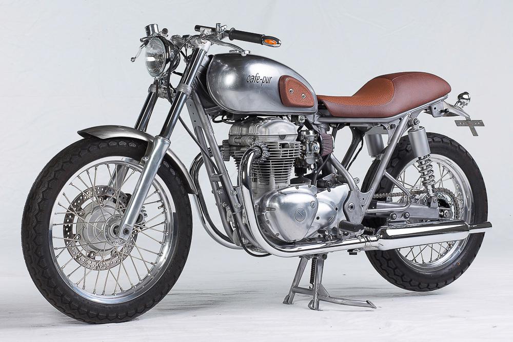 Einer der schönsten Custombikes im Studio perfekt in Szene gesetzt