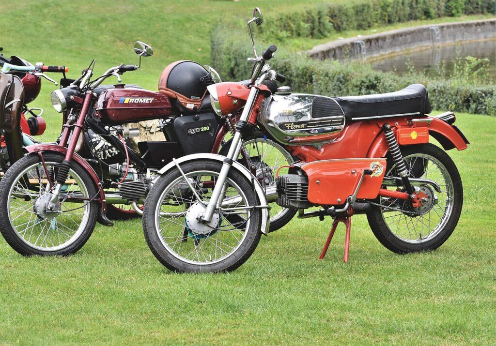 Welche Jugendliche träumt nicht vom eigenen Moped?