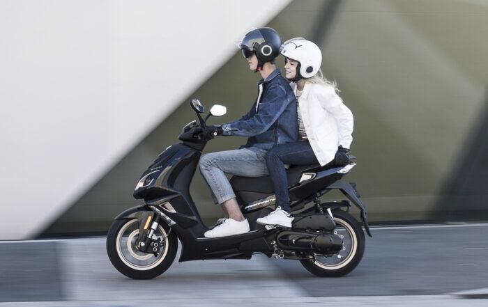 Mopedfahren mit 15 kommt.