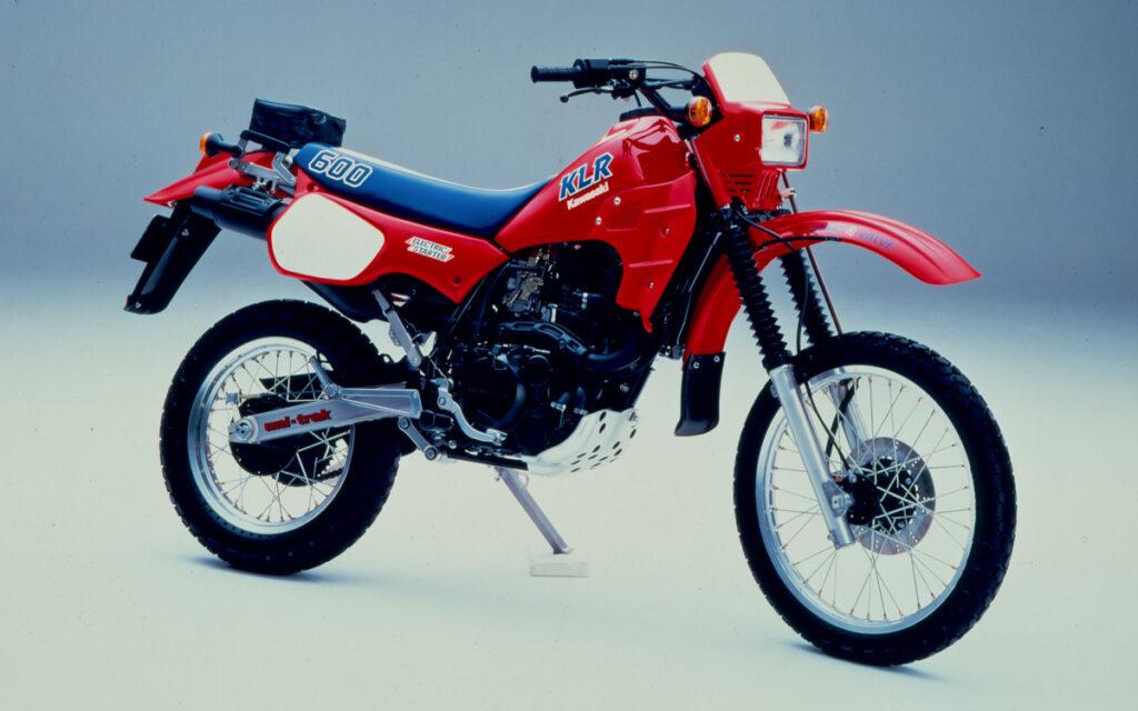 Neben Lime-Green und Weiß gab es die Kawasaki KLR 600 auch in rot