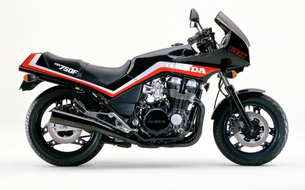 Der Motor der Honda CBX 750F ist kompakt konstruiert