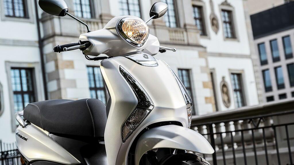 Das Yamaha D'elight 125 Frontdesign weiß zu gefallen