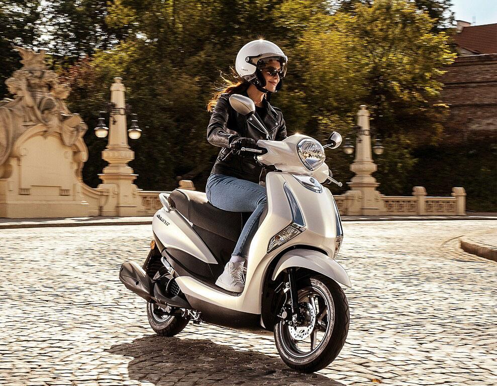Yamaha spendiert dem Motorroller einen neuen Motor