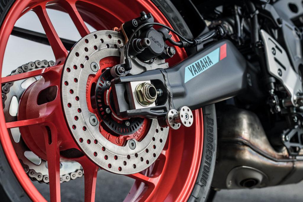 Gewichtseinsparungen am Fahrwerk der 2021er Yamaha MT-09