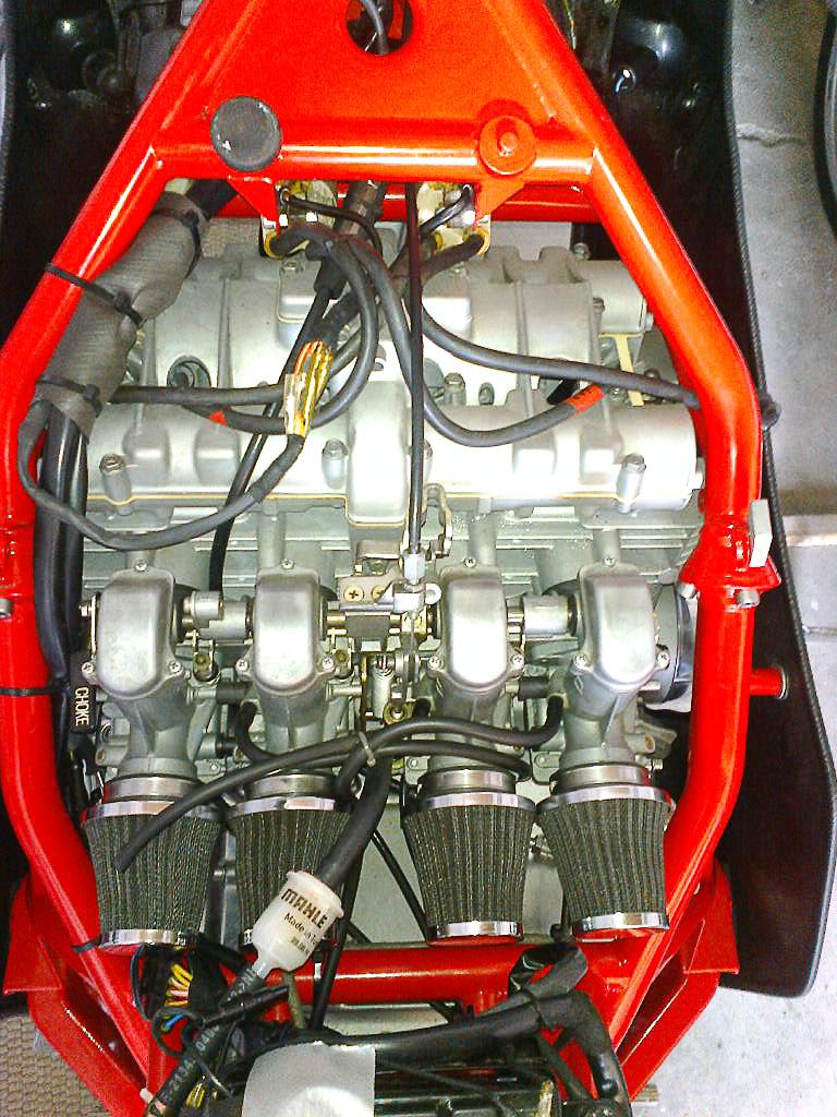 SB 3 Tuning: 28 mm Mikunis und offene K&N Luftsfilter