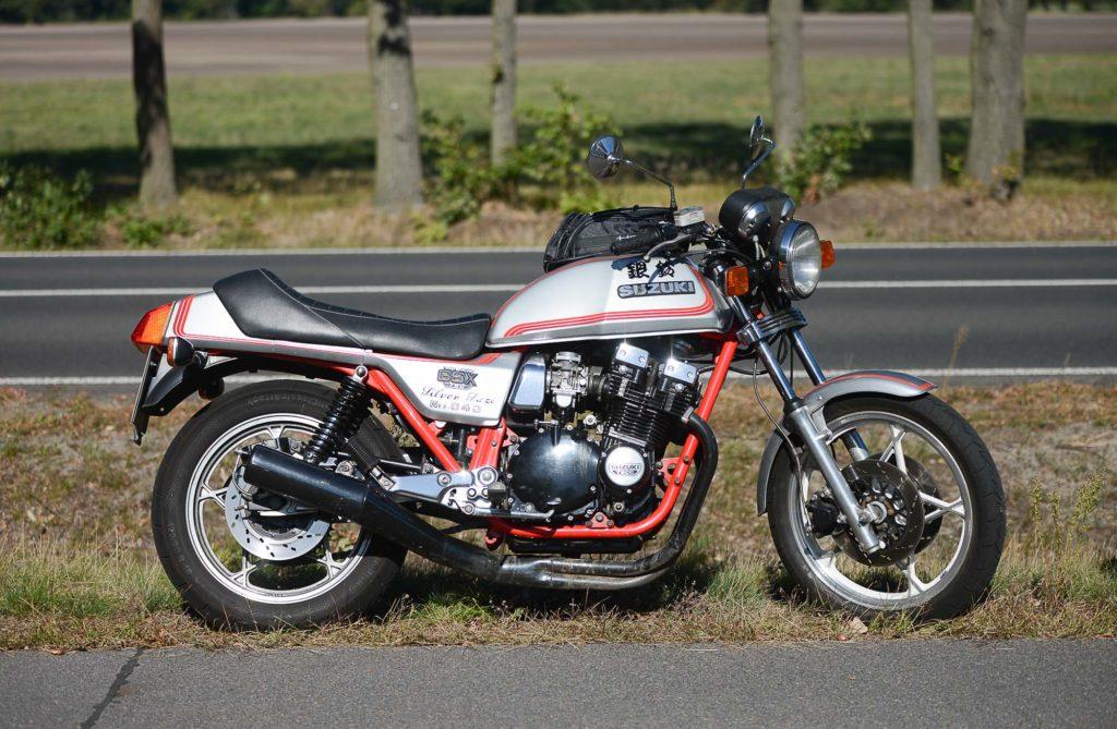 """Suzuki GSX 750 E als Sonderedition """"Silver Suzi"""""""
