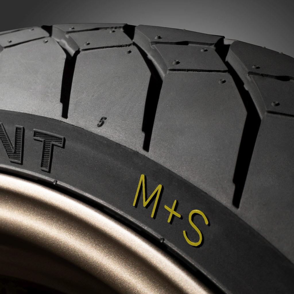 """Motorradreifen mit """"M+S"""" Kennzeichnung"""