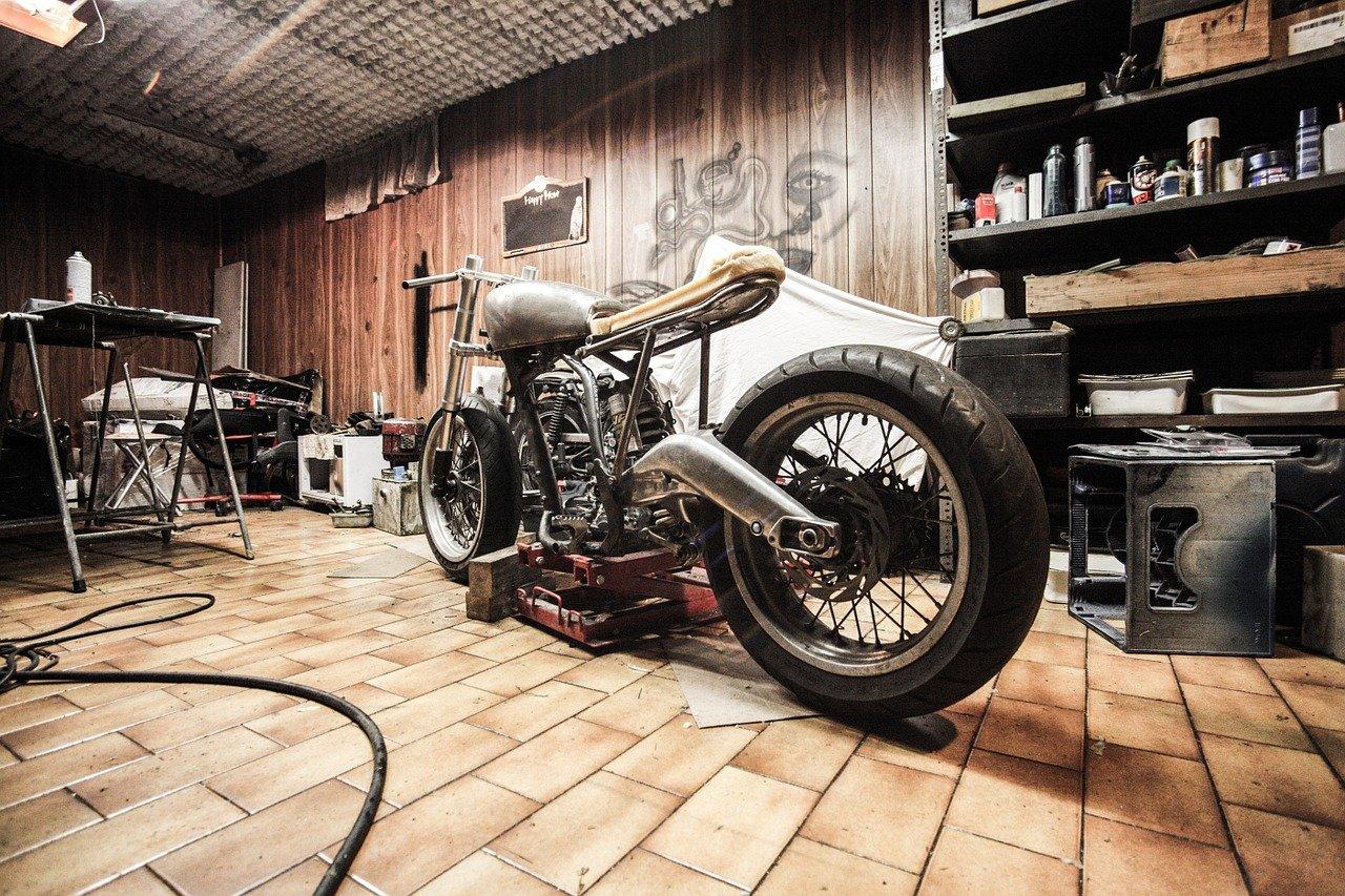 Am eigenen Motorrad schrauben - was gibt es Schöneres?