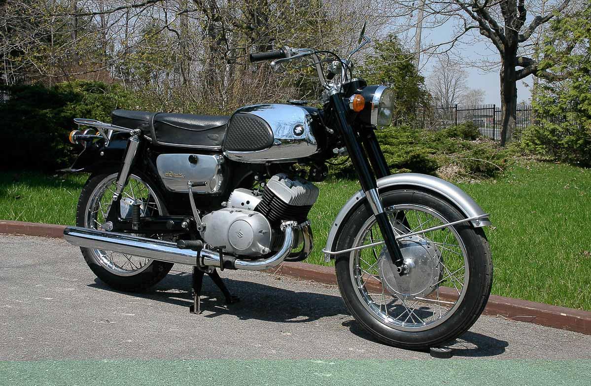 SUZUKI T10 (1962 - 1967)