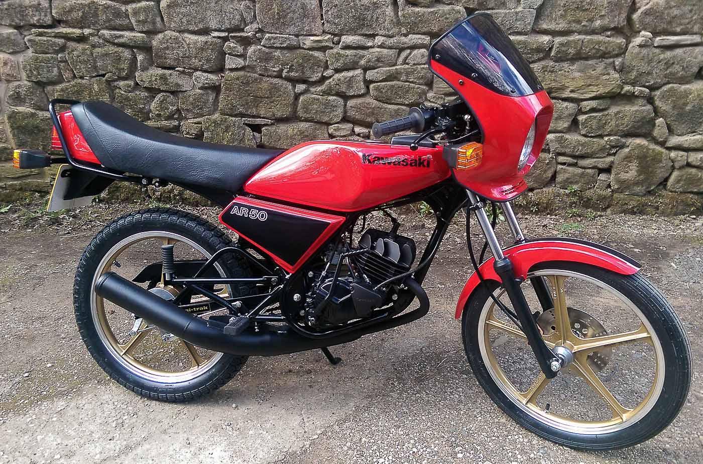KAWASAKI AR 80 (1981-1990)