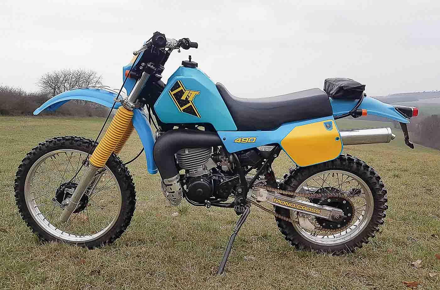 YAMAHA IT 490 (1982 - 1984)