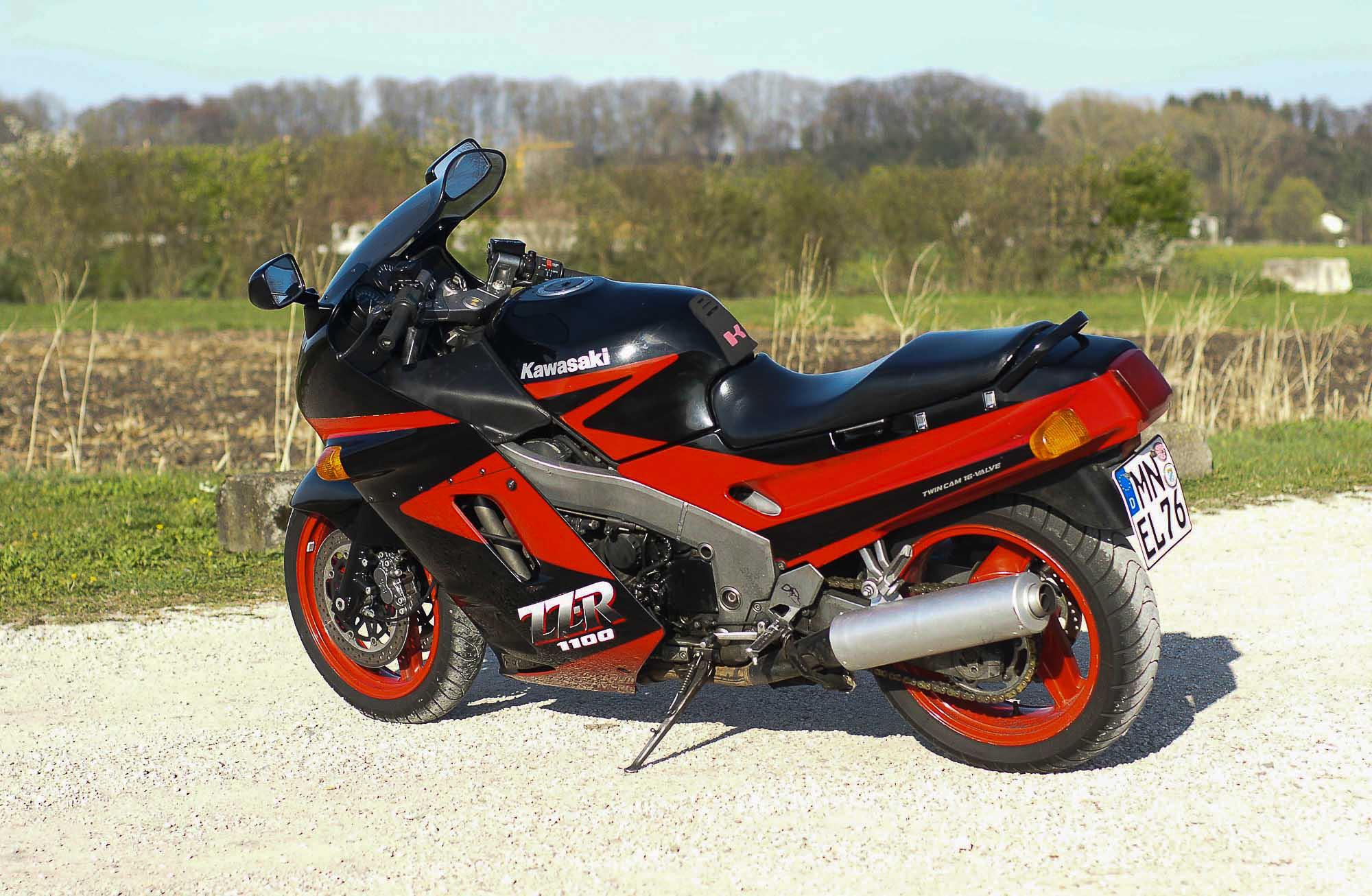 KAWASAKI ZZR 1100 (1990-2001)