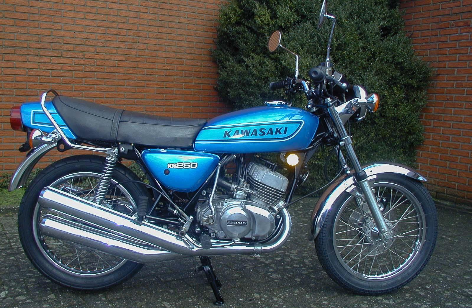 KAWASAKI KH 250 (1976-1978)