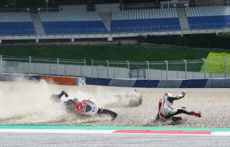 Crash in der T4 Rauch Kurve auf dem Red Bull Ring