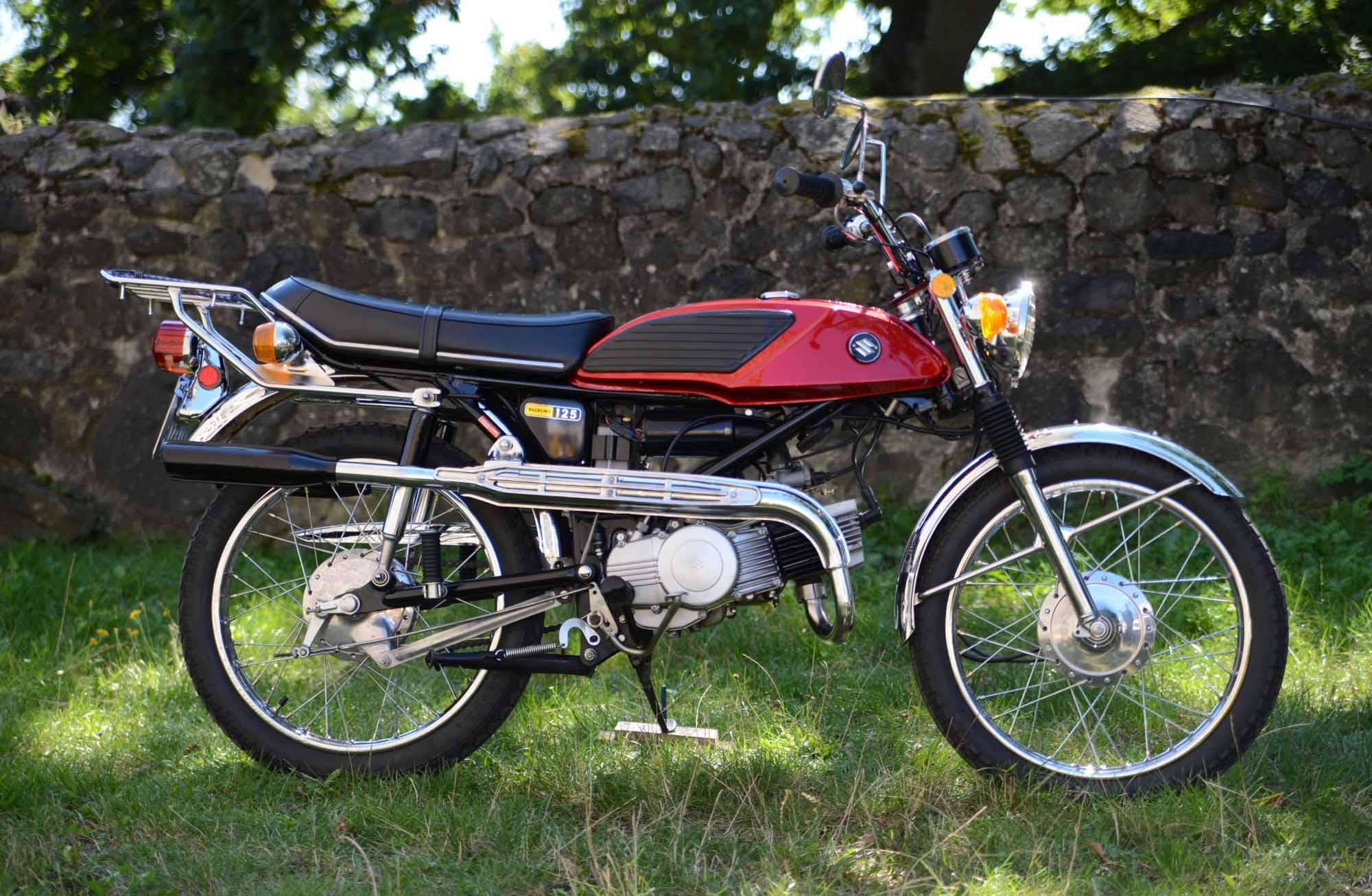 SUZUKI T 125 (1969-1973)