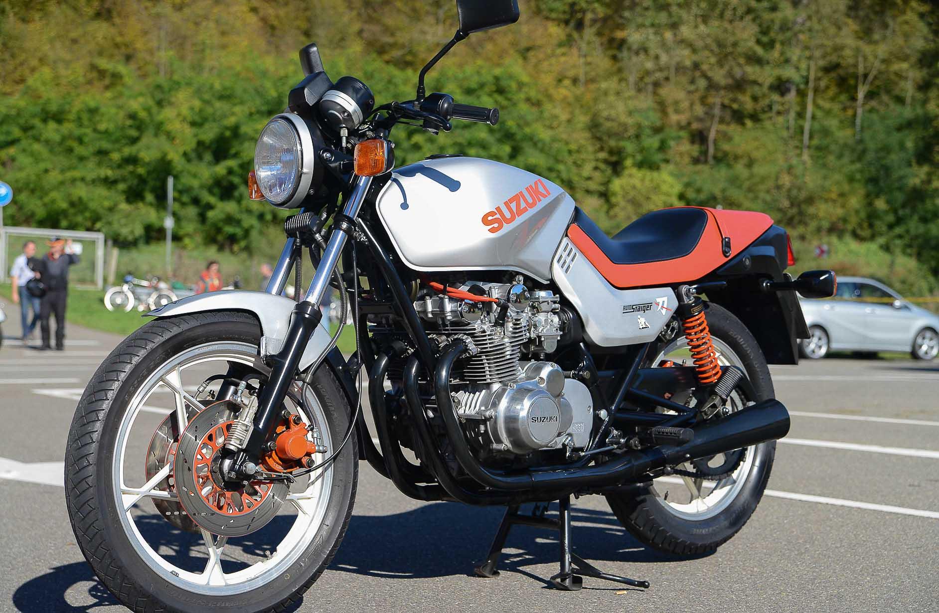 SUZUKI GS 550E (1977 - 1984)