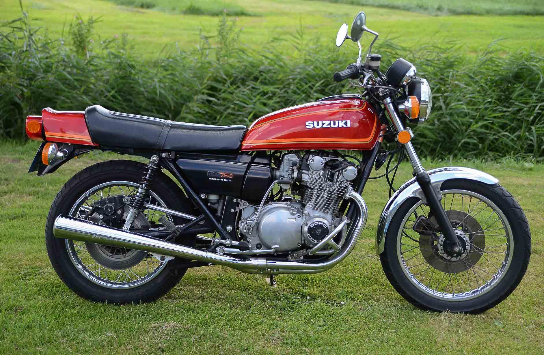 SUZUKI GS 750E (1976 - 1980)