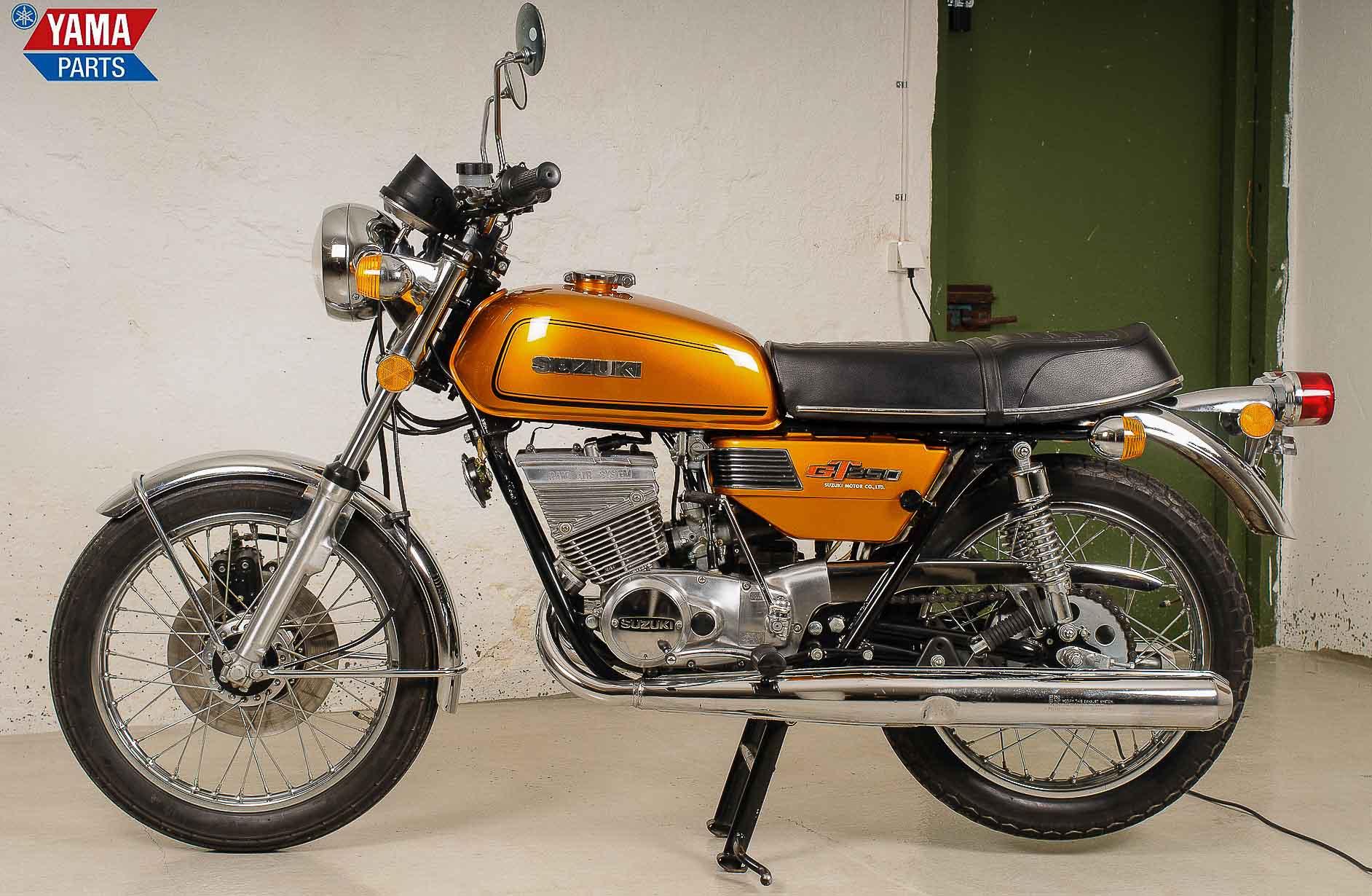 SUZUKI GT 250 (1973 - 1977)