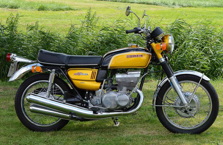 SUZUKI GT 550 (1972 - 1977)