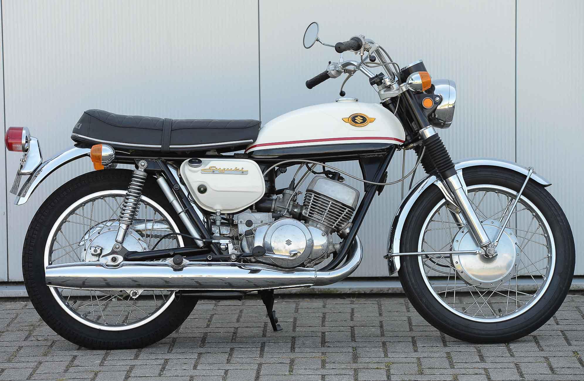 SUZUKI T 350 (1969 - 1972)