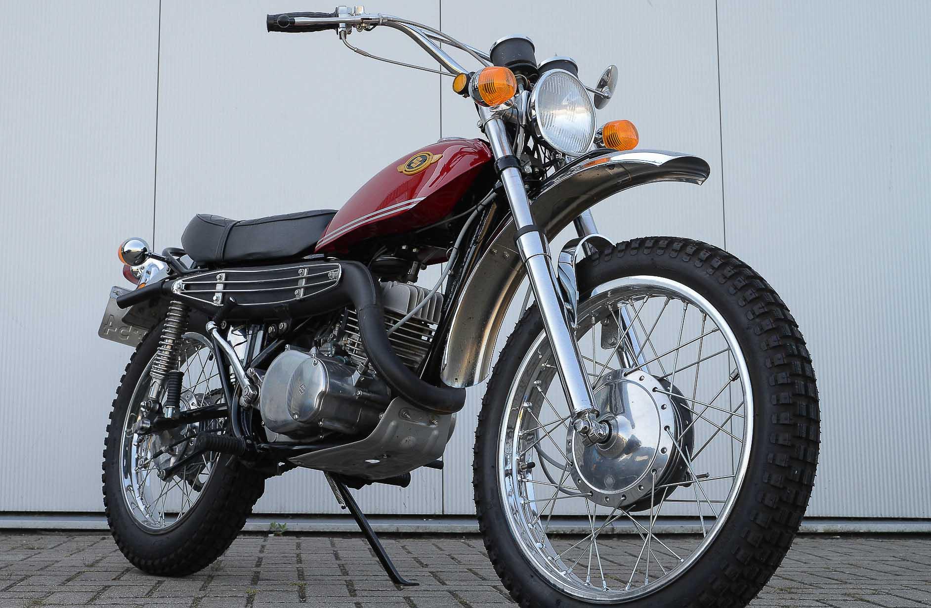 SUZUKI TS 250 (1969 - 1981)