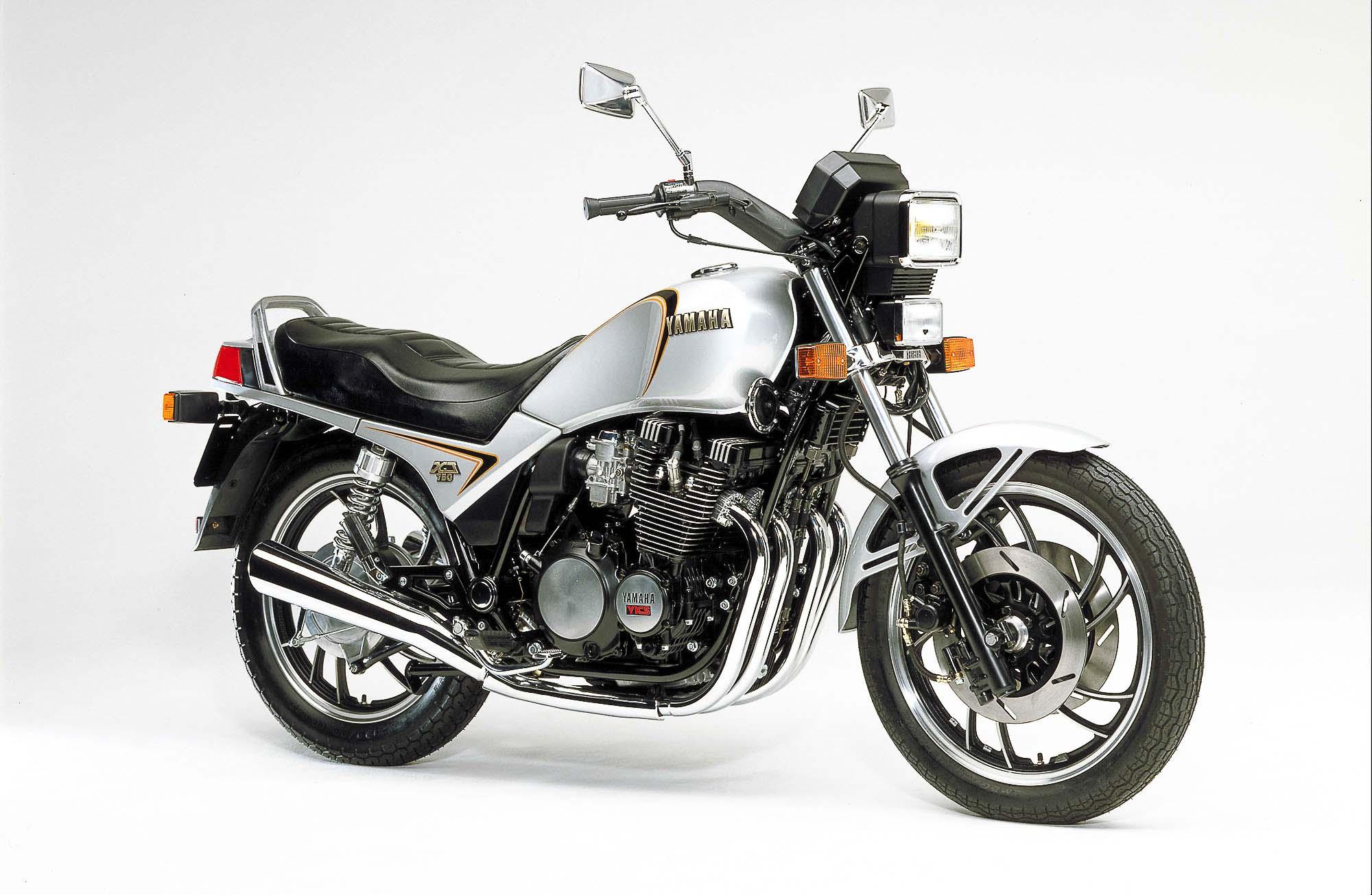 YAMAHA XJ 750 (1982 - 1984)