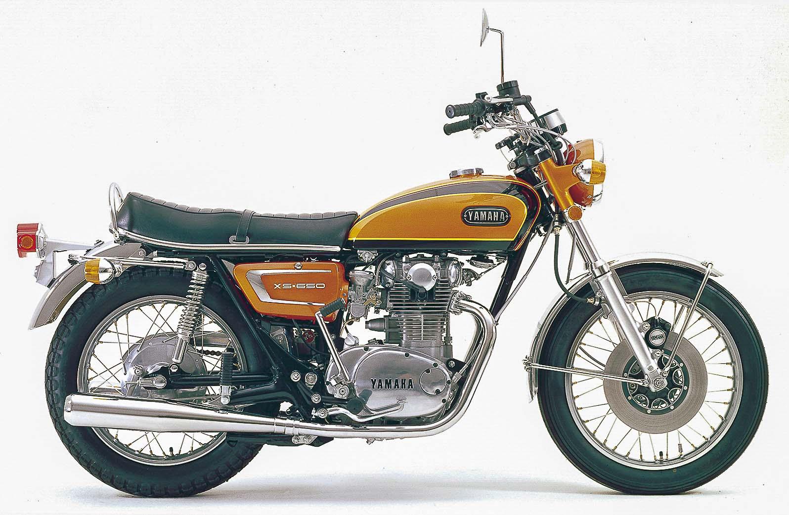 YAMAHA XS1 / XS2 (1969 - 1973)