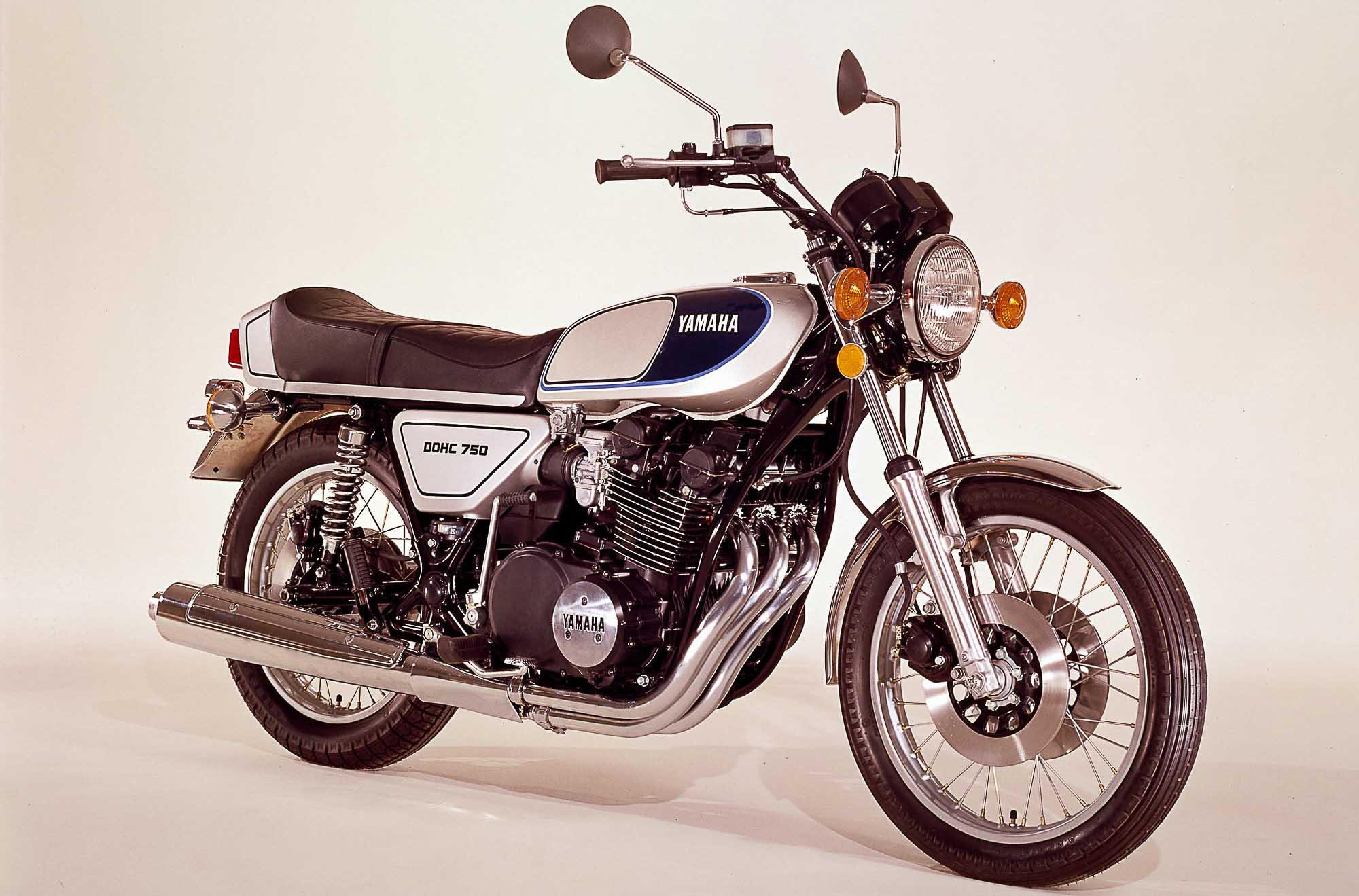 YAMAHA XS 750 (1977 - 1980)