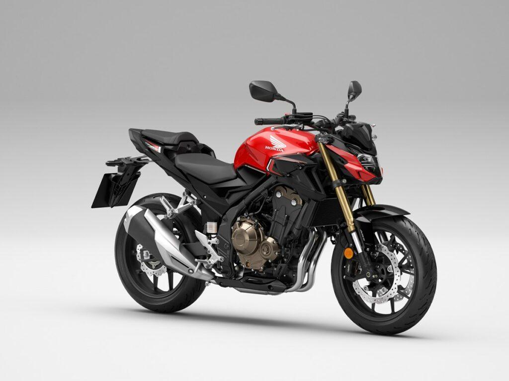 Die 2022er Honda CB500F in Grand Prix Red