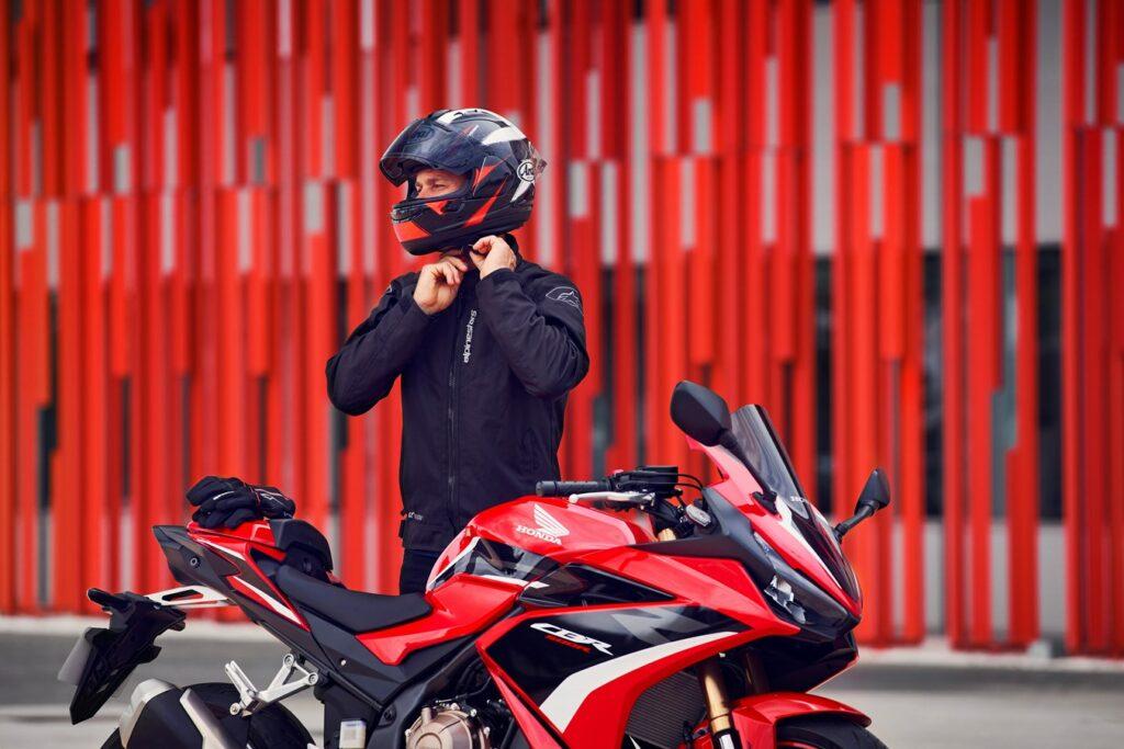 Für das Jahr 2022 frischt Honda die CBR500R gründlich auf