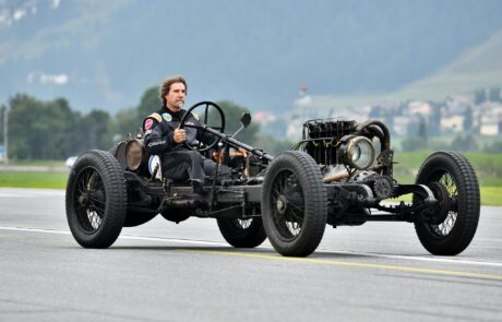 Sprintrennen der Automobile beim Kilomètre Lancé – Alpine 1000